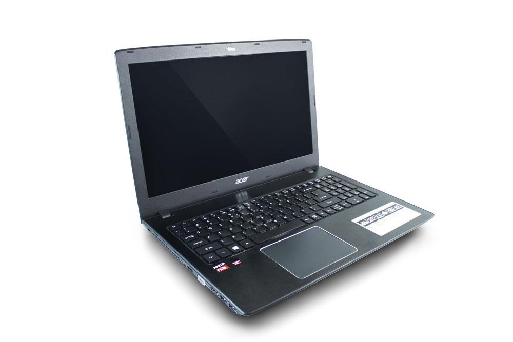 Acer E5 553G Design