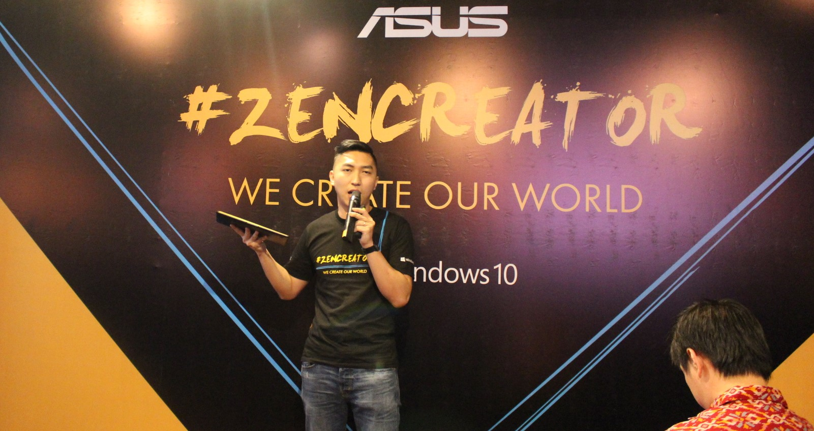 Asus Zenbook di ZenCreator Galip Fu Country Marketing PCN