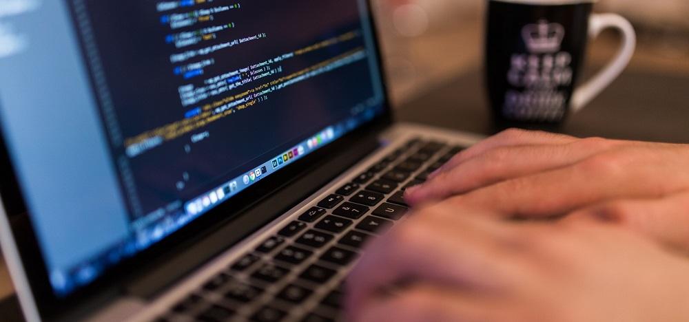 memilh laptop programming
