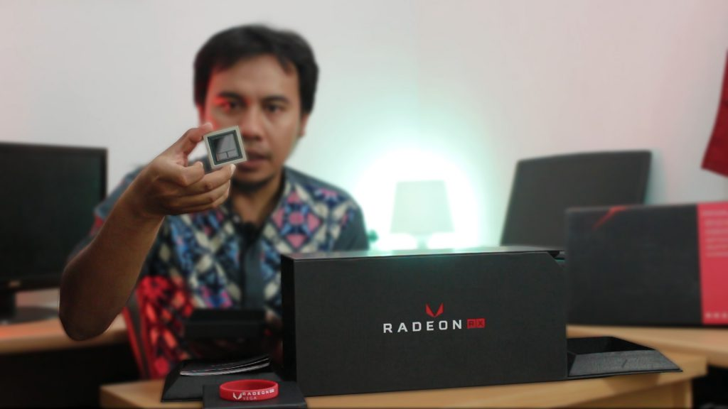 AMD Radeon RX VEGA 64 with HBM2 pemmzchannel