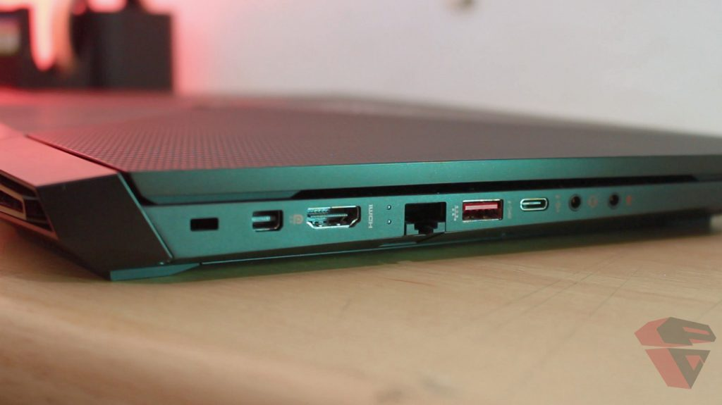 HP-Omen-15-IO-port-1