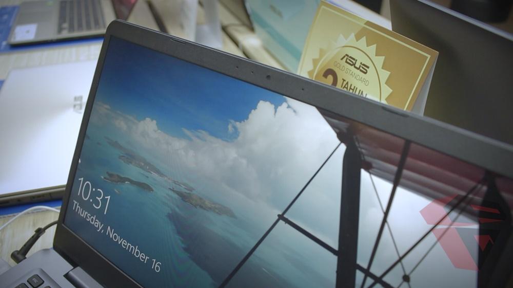 Asus Vivobook S14 S410 - Workstation - Web cam