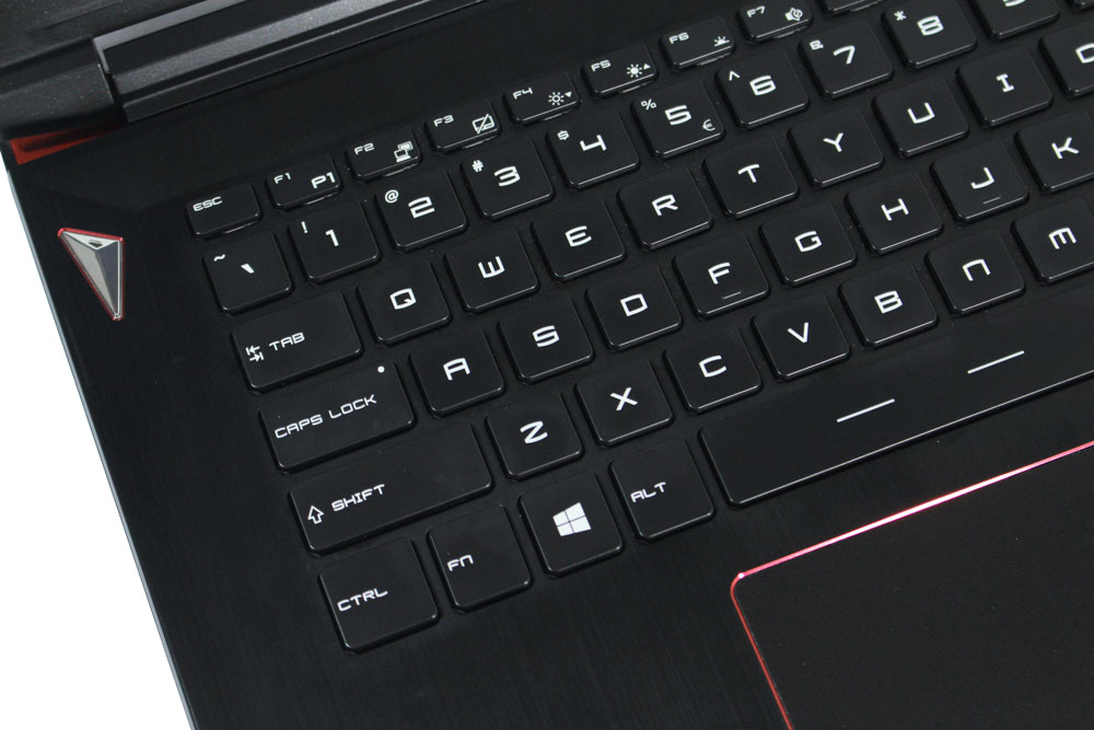 MSI GS40 6QE Phantom keyboard