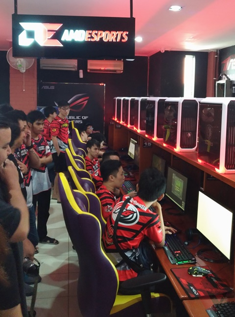 amd-esport-gaming-arena-pondok-gaming-esport-team